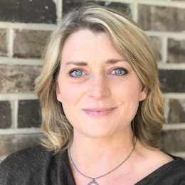 Lisa Johnson, CGC
